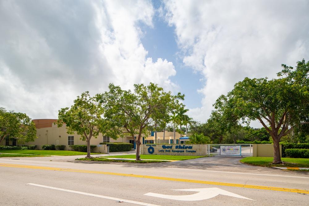 Hire a Pinecrest, FL Public Adjuster to Maximize Your Insurance Proceeds